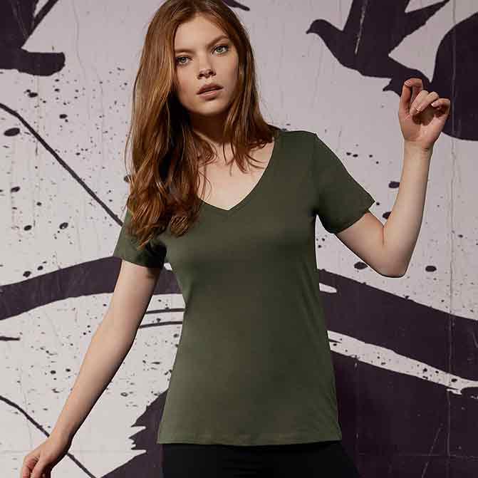 maglietta personalizzata donna con scollo v