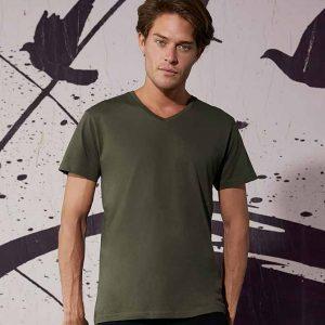 magliette scollo v uomo personalizzate