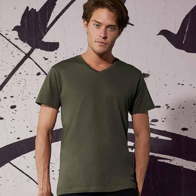 maglietta personalizzata uomo scollo v